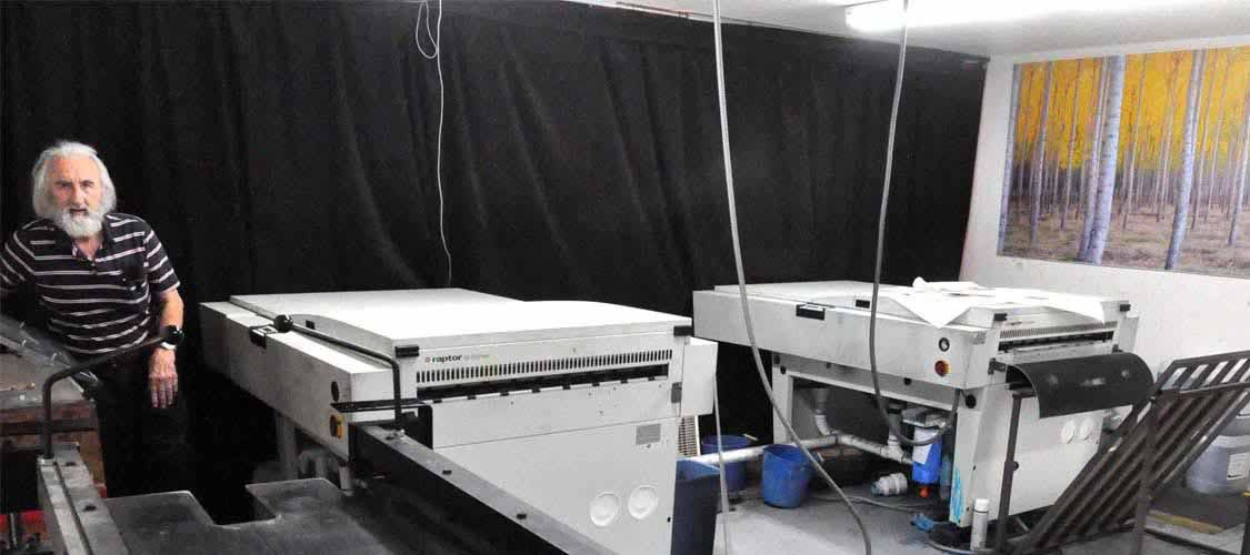 http://www.stiglerprinting.com/images/products_gallery_images/Plateroom2845.jpg